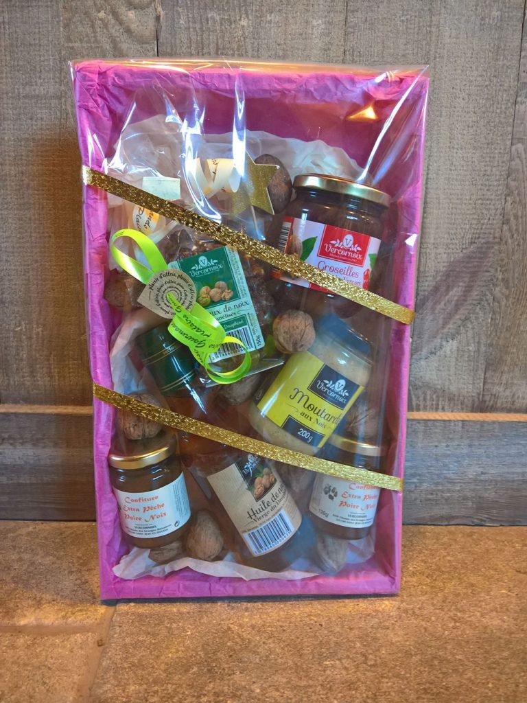 coffret-cadeau-de-specialites-aux-noix-de-grenoble
